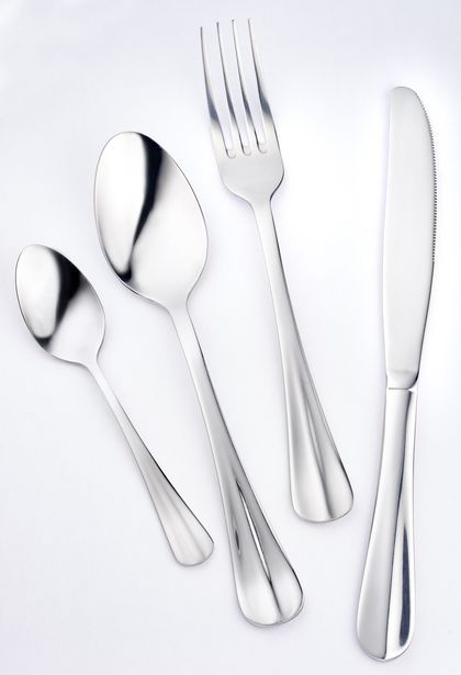 RUSSELL HOBBS CLASSIQUE 16PC CUTLERY SET offers at R 329