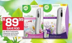 Air Wick Freshmaric Dispenser and Liquid Complete offer at R 89,99