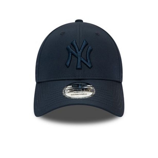 NEW ERA 940 TONAL NYLON NY NAVY offer at R 399,95