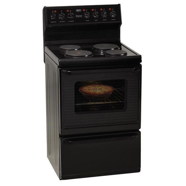 Defy Freestanding 621 4 Plate Electric Stove offers at R 6999