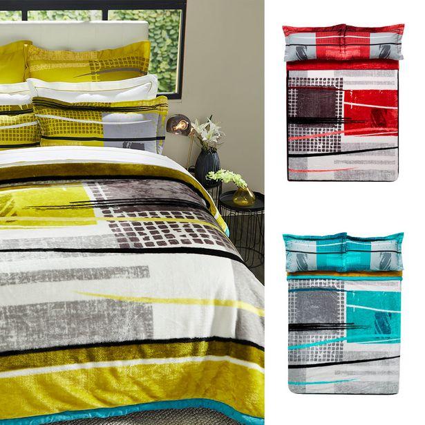Taylor 3 Ply 4kg Mink Blanket offers at R 749