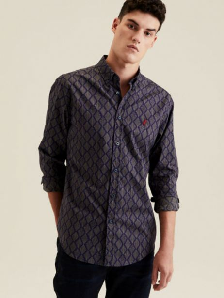 Alban geometric shirt offers at R 699