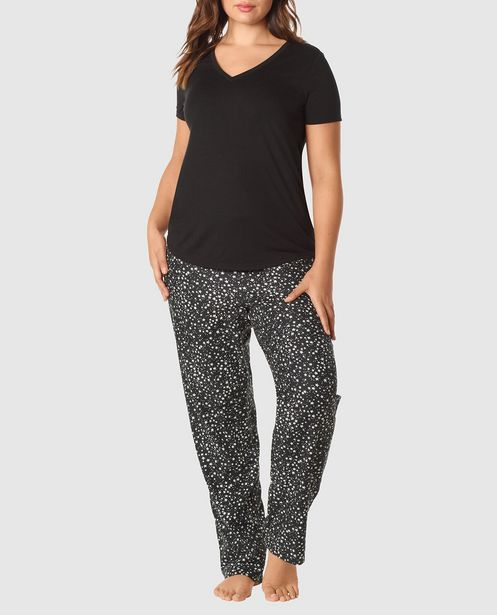 The Cozy Pajama Set offers at R 984,35