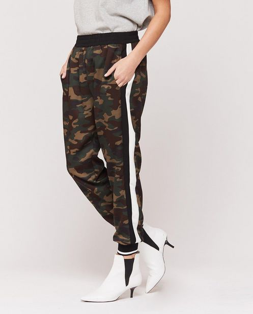 Camo Jogger offers at R 865,13