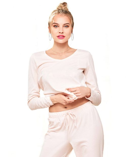 Long Sleeve V-Neck offers at R 437,41