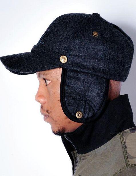 Muffler Cap (Black) offers at R 299