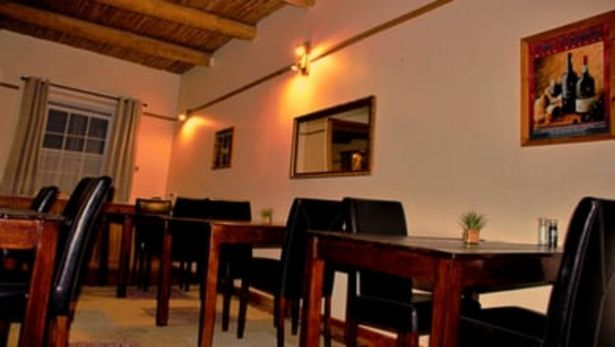 Port Wine Guest House offers at R 750