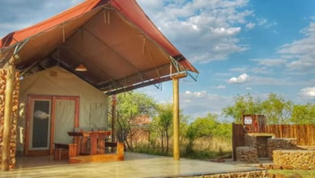 OuKlip Game Lodge offers at R 1005