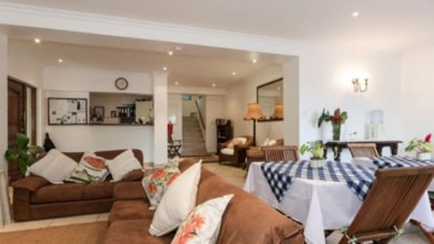 Kites View Bed and Breakfast offers at R 525