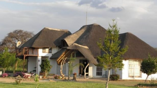 Madiba Inn offers at R 700