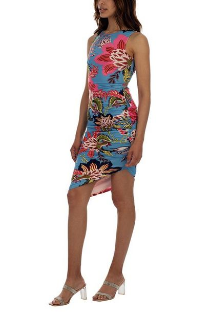 Making Waves Dress offer at R 350