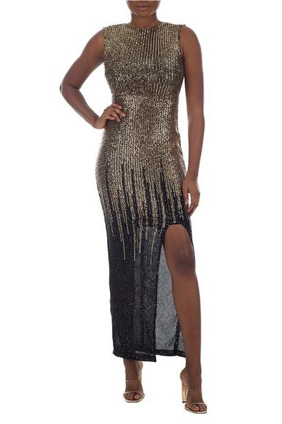 Maxi Dress offer at R 700