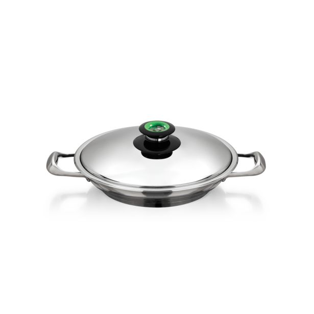 28 cm Chef's Pan offers at R 3270