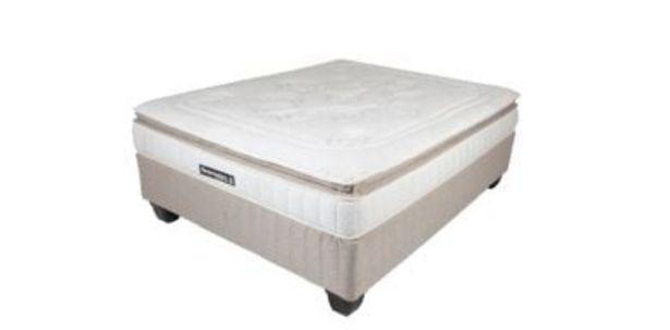 Sleepmasters Premier 152cm (Queen) Medium Foam Bed Set offers at R 6999