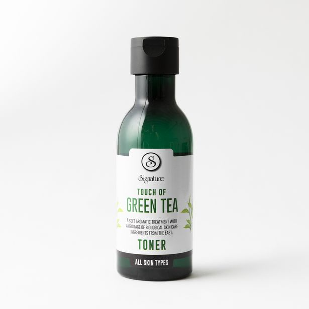 Touch of Green Tea Toner offers at R 78