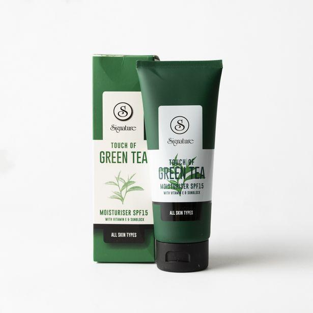 Touch of Green Tea Moisturiser Spf15 offers at R 80