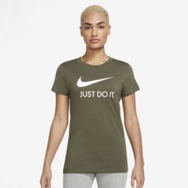 Nike Women's Just do it Slim T-shirt offers at R 399,9