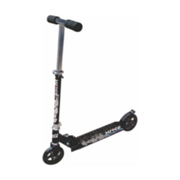 Medalist Stealth 145mm Black/White Scooter offers at R 1199,95