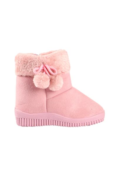 Fluffy Boots - Pink offers at R 119,99