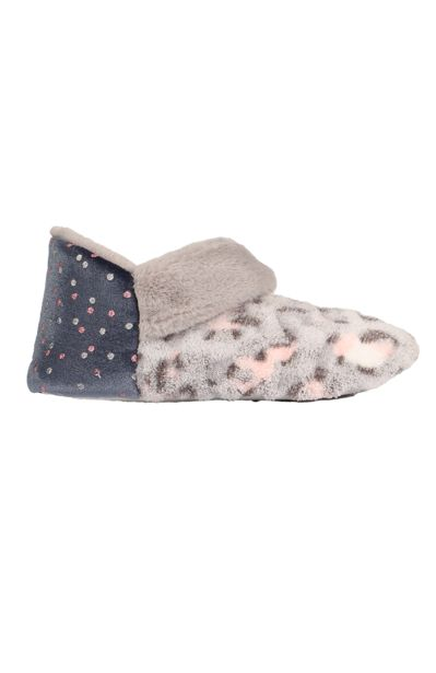 Fluffy Slipper Boot offers at R 84,99