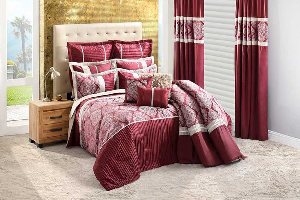 Cleopatra 15-piece Superluxury combo set (Queen) - Wine offers at R 5499,99