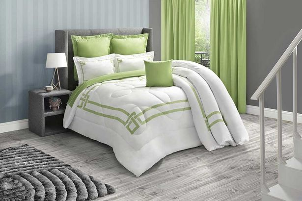 Reece 5-piece Deluxe comforter set (Queen) - Lime offers at R 1299,99