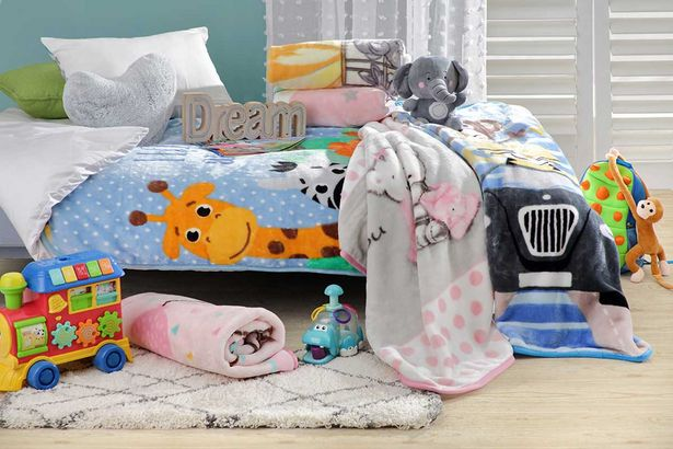 Alvin 1-ply 1 x 1.3m baby blanket offers at R 99,99
