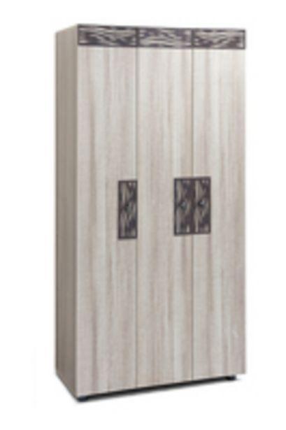 JORDAN 3 DOOR   offers at R 1200