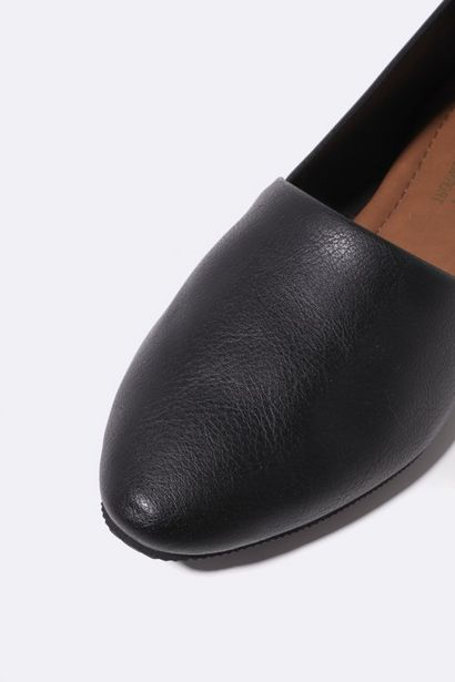 Comfort Pointy Round offers at R 89,99