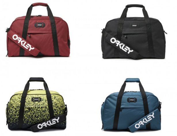 Oakley Street Duffle Bag offers at R 1299,99