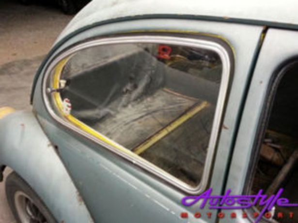 VW Beetle Pop Out Side Windows with Rubber (pair) offers at R 3995